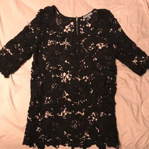 3 quarter length sleeve black lace top.